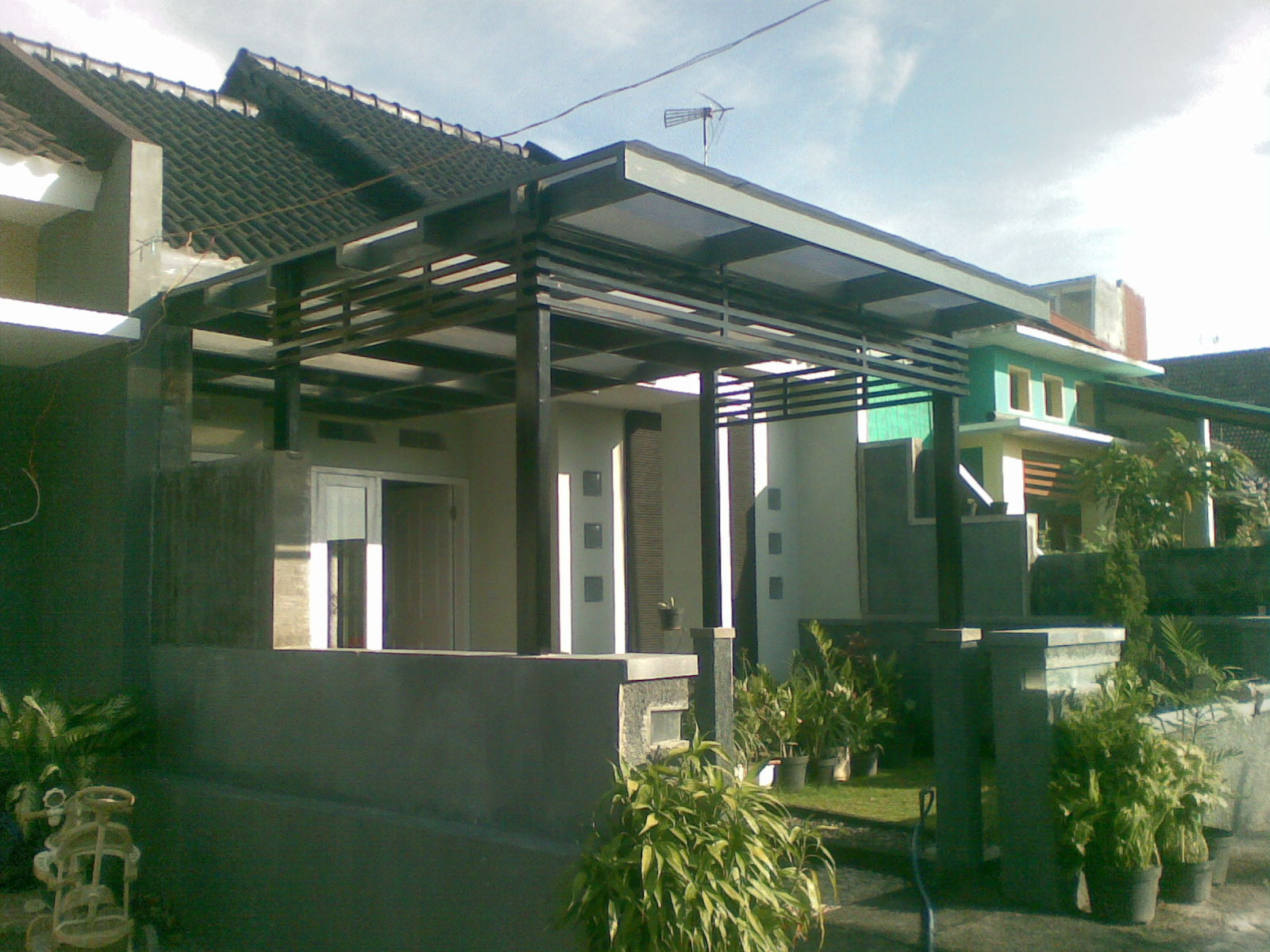 ... selesai juga penutup carport rumahku. penutup atap carport ... 2015